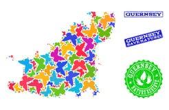 Sicherungsnatur-Collage der Karte von Guernsey-Insel mit Schmetterlingen und Bedrängnis-Dichtungen stock abbildung