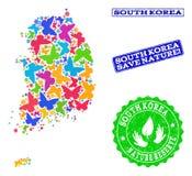 Sicherungsnatur-Collage der Karte von Südkorea mit Schmetterlingen und strukturierten Stempeln vektor abbildung