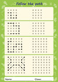 Sichtwahrnehmungsarbeitsblätter, folgen dem Weg, kopieren Muster Stockbilder