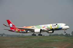 Sichuan Airlines ` 1st Aerobus A350 XWB Obrazy Royalty Free