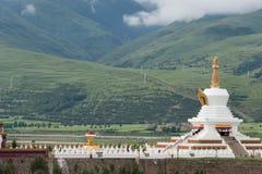SICHUAN, CHINA - 15 JULI 2014: Wit Pagodepark een beroemde landma Stock Foto's
