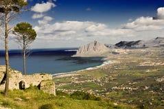 sicilian kust royaltyfri fotografi