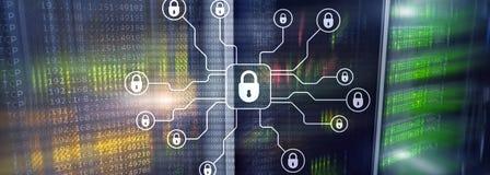 Sicurezza cyber, protezione dei dati, segretezza di informazioni Concetto di tecnologia e di Internet immagini stock