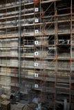 Sicurezza della costruzione con un'impalcatura solida Fotografie Stock
