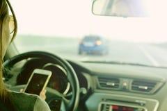 Sicurezza di guida dietro la ruota fotografie stock