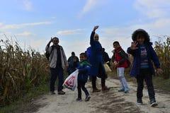 Sid的(塞尔维亚人- Croatina边界)难民 库存图片
