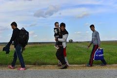 Sid的(塞尔维亚人- Croatina边界)难民 库存照片