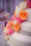 Sida av bröllopstårtan Fotografering för Bildbyråer