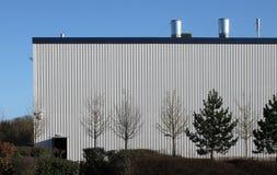 Sida av den moderna industriella enheten Arkivfoton