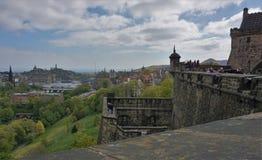 Sida av Edinburgslotten royaltyfria bilder