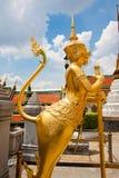 Sida av Garuda skulptur Royaltyfri Foto