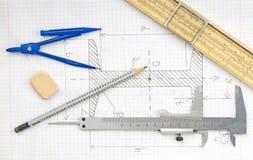 Sida med tekniska tecknings- och teknikhjälpmedel Arkivfoto