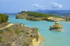 Sidari岩石和海滩,科孚岛 免版税图库摄影