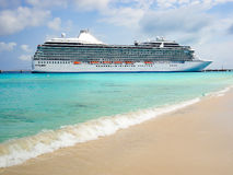 Side view of cruise ship Stock Images