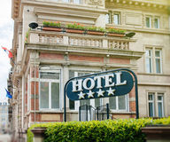Side view of Four star modern hotel in city Royalty Free Stock Photos