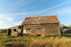 Side view of an old wooden barn. Royalty Free Stock Photos