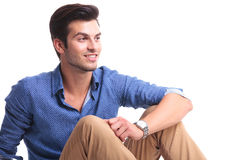 Side view of a smiling casual man looking away Royalty Free Stock Photography