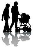 Sidecar della famiglia a camminare Fotografia Stock Libera da Diritti