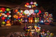Siden- lyktor i den Hoi An staden, Vietnam Fotografering för Bildbyråer