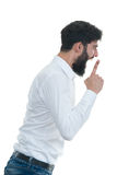 Sideview του νεαρού άνδρα με το ανοικτό στόμα η ανασκόπηση απομόνωσε το λευκό Στοκ εικόνα με δικαίωμα ελεύθερης χρήσης