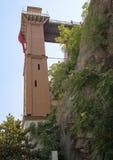 Sideview Asansor, winda budynek w Izmir Zdjęcia Stock