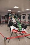 Sideview av bolid F1 Arkivbilder
