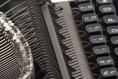 Sideview de la máquina de escribir vieja Fotos de archivo libres de regalías