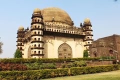Sideview Golgumbaz Karnataka стоковые фото