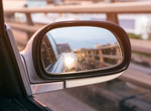 Sideview spegelbil Arkivbild