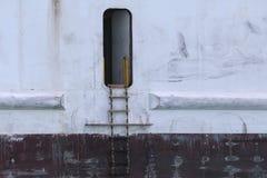 Sidodörr på ett lastfartyg Royaltyfri Foto