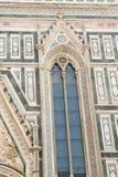 Sidofönster av domkyrkan av Brunelleschi Arkivfoto