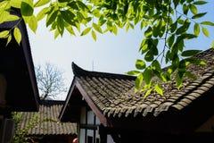 Sidor i solig vårmorgon på den kinesiska traditionella staden Arkivfoton