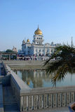 Sidosikt av den huvudsakliga Gurudwara sikh- templet i Indien Royaltyfria Foton