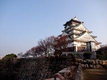 Sidosikt av historisk byggnad på den Himeji slotten Arkivbilder
