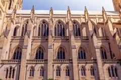 Sidosikt av Washington National Cathedral fotografering för bildbyråer