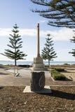 Sidosikten tjäna som soldat korset för krigminnesmärken, Victor Harbor, södra Aust Royaltyfri Bild