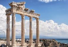Sidotempel av Apollo Landmark royaltyfri bild
