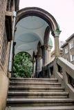 Sidotrappuppgång av den ortodoxa kyrkan, Sofia, Bulgarien arkivfoto