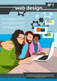 Sieć projektanta drużyny praca Używać laptopu Kreatywnie proces royalty ilustracja
