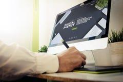 sieć przedsiębiorcy budowlanego cyfrowa agencyjna strona internetowa Zdjęcia Royalty Free