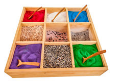 Sieben farbiger Sand Stockbild