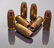 Sieben 9mm hohle Punktkugeln Stockbilder