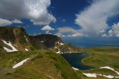 Sieben Rila Seen, Bulgarien - Sommer über dem Kidney See Stockfotos