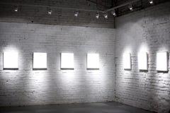 Sieben weiße leere Felder Stockbilder
