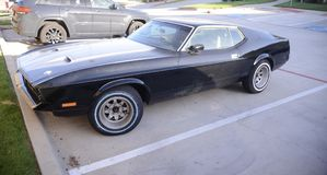 Siebziger Jahre Ford Mustang Machs I Modell stockbild