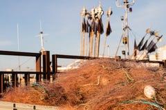 Sieci rybackie i arkany na łodzi rybackiej Łodzie rybackie i ryba Zdjęcia Royalty Free