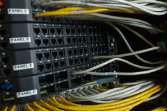 Sieci zmiana i ethernetów kable Fotografia Royalty Free