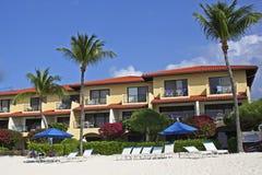 Siedem Milowych plażowych domów, kajman wyspy, Karaiby Zdjęcia Royalty Free