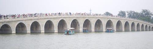 Siedemnaście łuków most fotografia royalty free