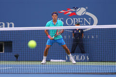 Siedemnaście czasów wielkiego szlema mistrz Roger Federer podczas półfinału dopasowania przy us open 2014 Fotografia Royalty Free